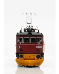 Topline Lokomotiver, NMJ Topline model of the NSB El 11.2102 in the red/black livery with yellow snow plows., NMJT86.401AC