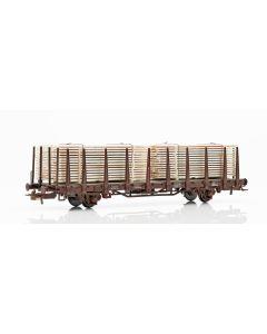 Topline Godsvogner, NMJ Topline model of the SJ Kbps 21 74 335 3 742-8 stake car loaded with wooden planks., NMJT602.304