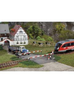 Stasjoner og jernbanebygninger (Auhagen), , AUH41582