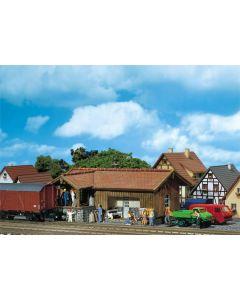 Stasjoner og jernbanebygninger (Faller), , FAL212105