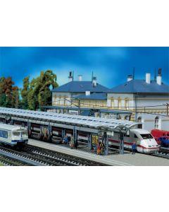 Stasjoner og jernbanebygninger (Faller), , FAL222121