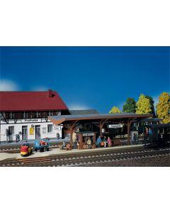 Stasjoner og jernbanebygninger (Faller), , FAL120189