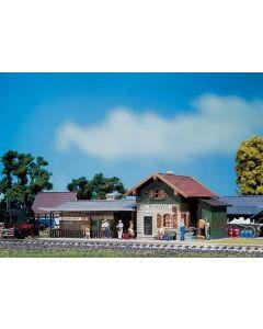 Stasjoner og jernbanebygninger (Faller), , FAL110092