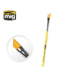 Mig, ammo-by-mig-jimenez-mig-8607-syntetic-angle-brush-6, MIG8607