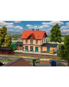 """Stasjoner og jernbanebygninger (Faller), Stasjon """"Ochsenhausen"""", FAL191742"""