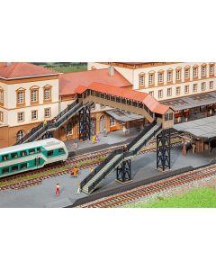 Stasjoner og jernbanebygninger (Faller), faller-120109, FAL120109