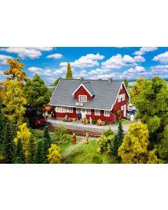 Stasjoner og jernbanebygninger (Faller), faller-110160, FAL110160