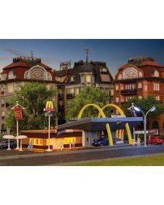 Vollmer, McDonald's med tilbygg McCafé, N-Skala, VOL47766