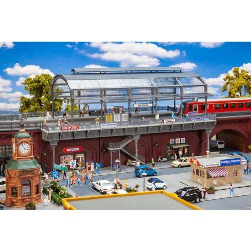 Stasjoner og jernbanebygninger (Faller), , FAL120580