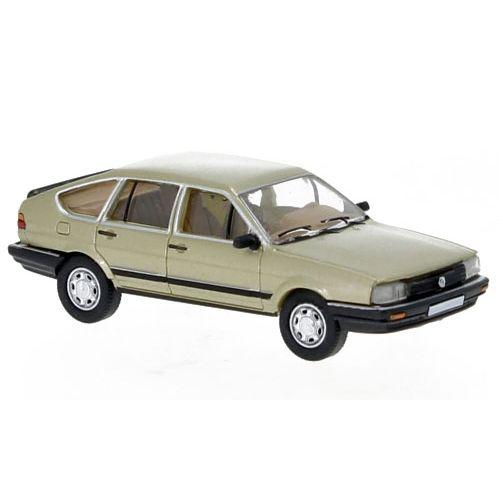 Personbiler, Volkswagen Passat B2, Beige Metallic, PCX870077